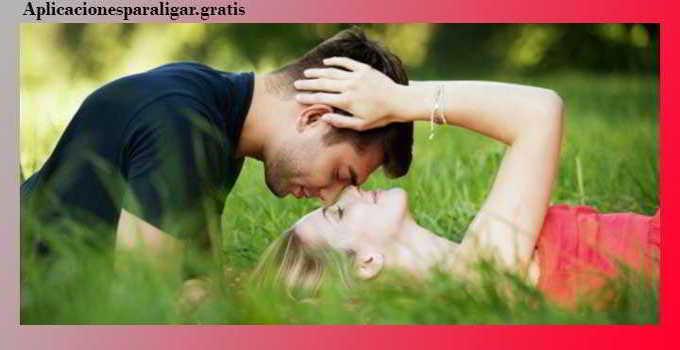 6 trucos psicológicos para enamorar a una mujer